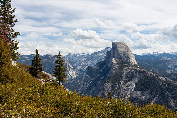 Half Dome, Yosemite Valley in Yosemite                       National Park, California